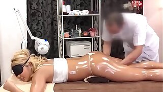 SEX Massage HD EP06 FULL VIDEO IN WWW.XV100.CO