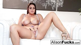 Amazing Alison Tyler rubs herself to a sexy conclusion