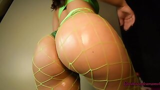 Bubble Butt Big Tits Latina In Fishnets Covers Herself In Oil Amateur Babe