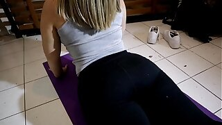 I went to see a yoga class just to creampie my teacher's fat ass